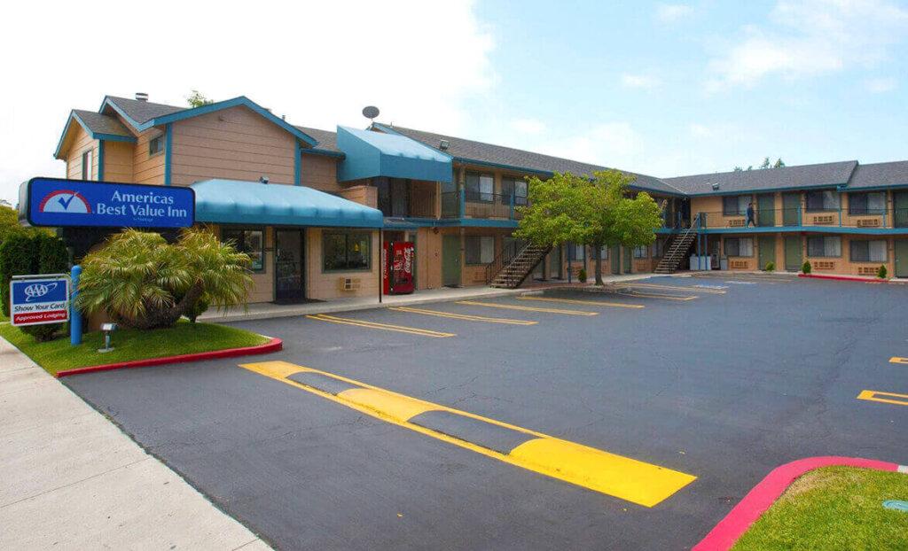 Front of America's Best Value Inn San Luis Obispo