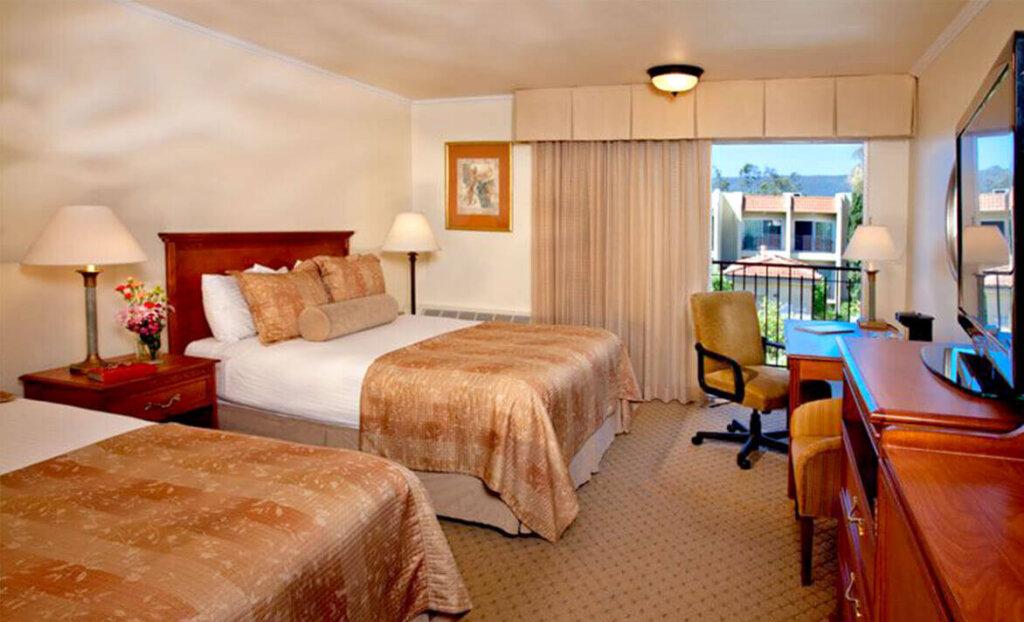 Double bedroom at Best Western Royal Oak