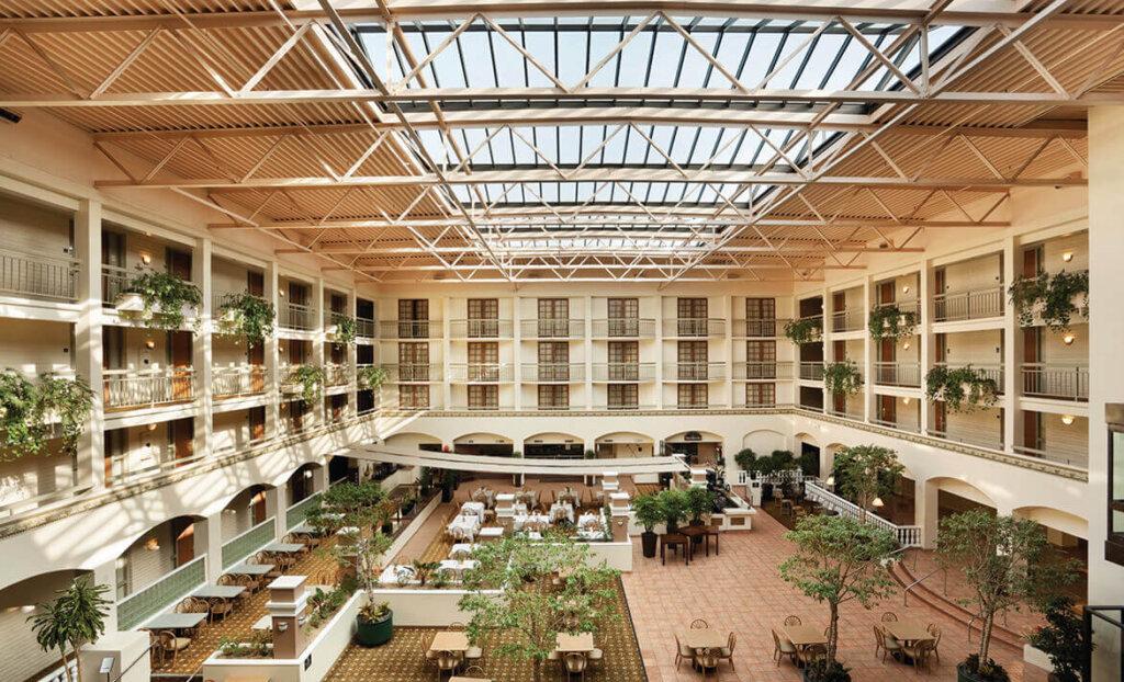 Patio of Embassy Suites by Hilton San Luis Obispo