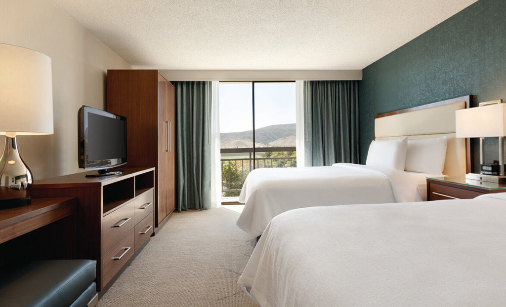 Embassy Suites by Hilton San Luis Obispo bedroom