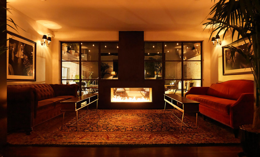 Lounge and fireplace at Granada Hotel