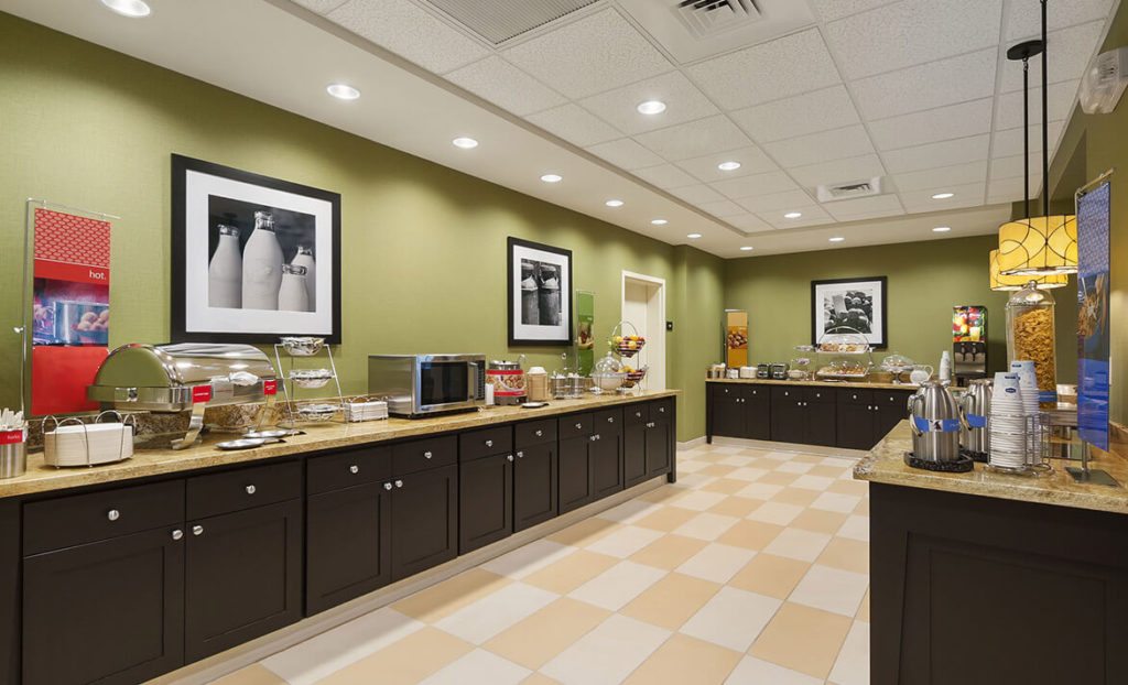 Breakfast dining area of Hampton Inn & Suites