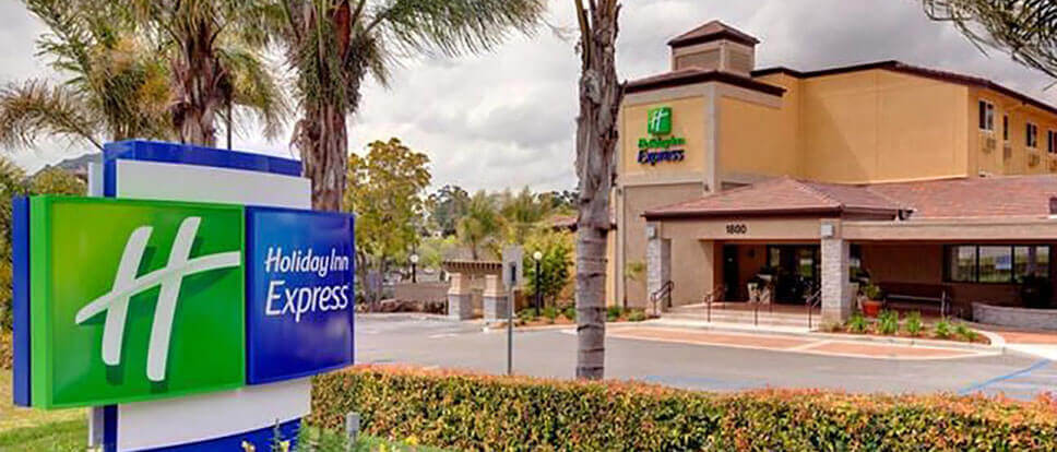 Holiday inn express san luis obispo vacations for Pet friendly hotels near hearst castle