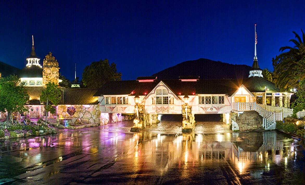 Front entryway of Madonna Inn