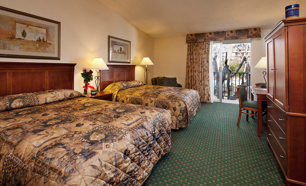 Double Bedroom at Rose Garden Inn