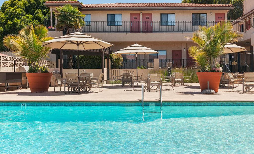 Pool at Sands Inn & Suites
