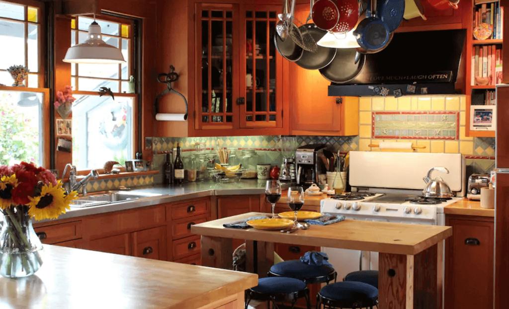 Trexler Homestay Kitchen