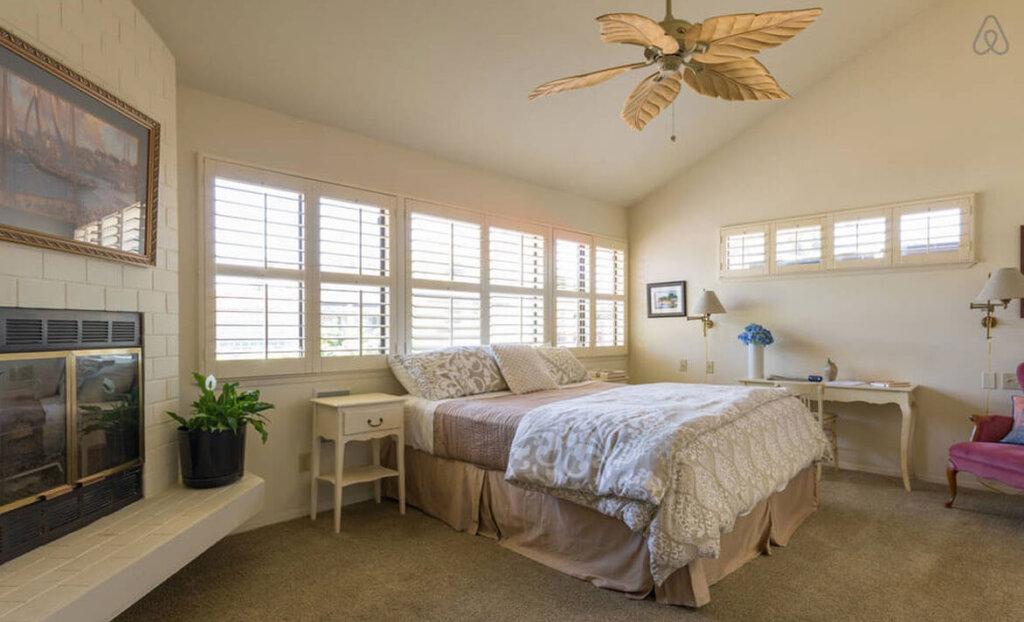 Private Master Suite Bedroom in San Luis Obispo, CA
