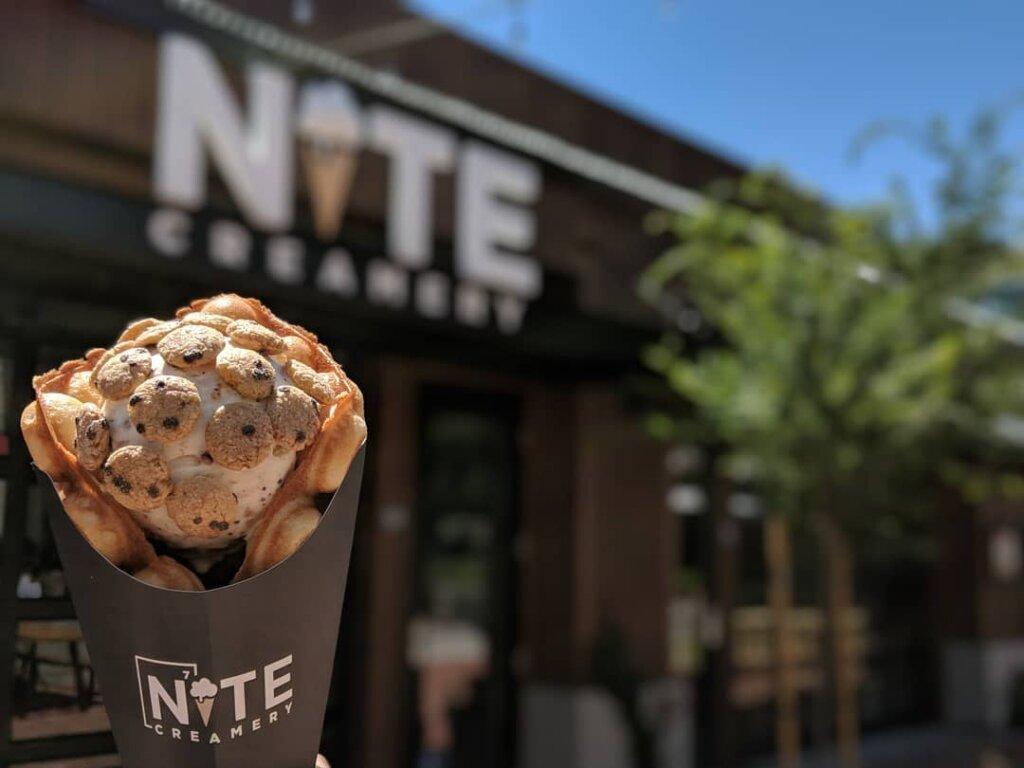 Nite Liquid Nitrogen Ice Cream in front of the creamery