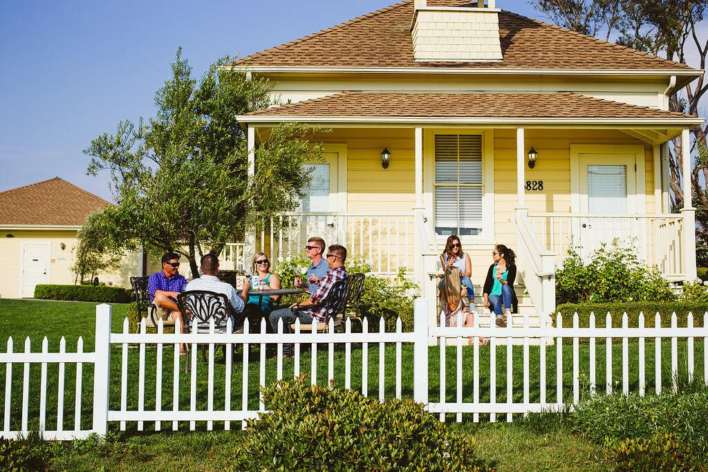 Friends enjoying wine at Baileyana in San Luis Obispo