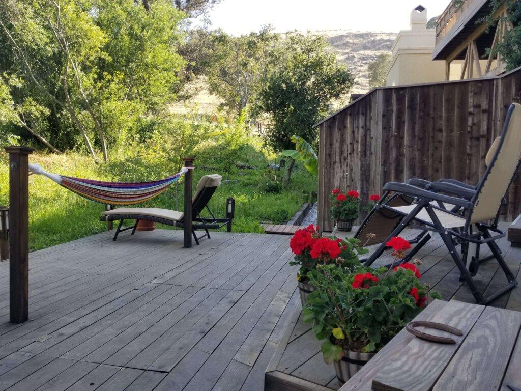 Bluerock Retreat Homestay Deck and Hammock in San Luis Obispo
