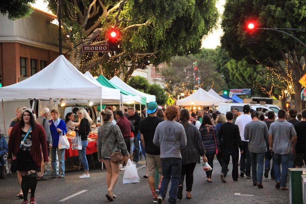 Crowds at Downtown SLO Farmers Market