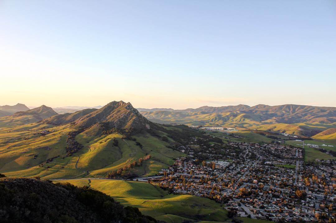 Landscape view of San Luis Obispo town and mountains.