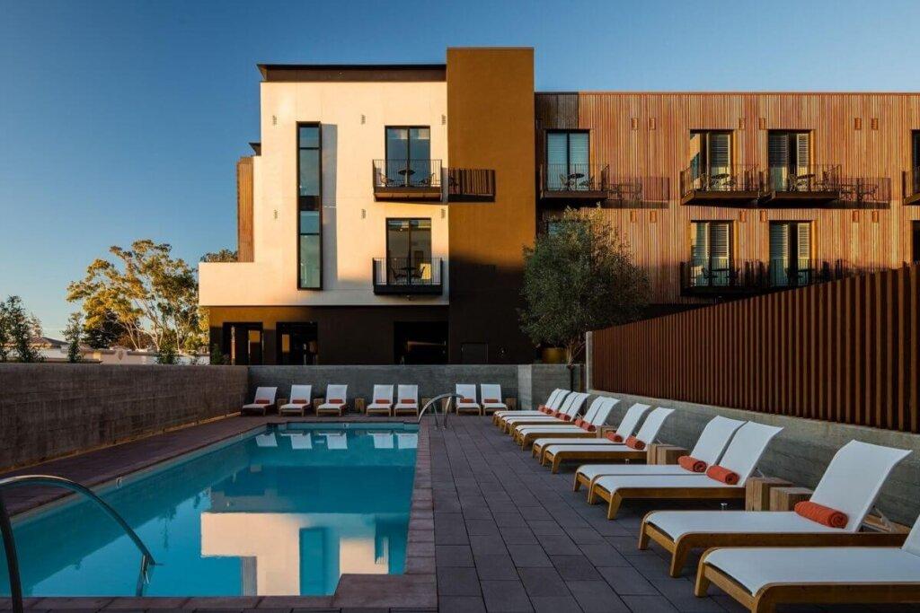 Hotel SLO Pool