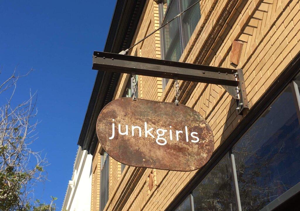Junk Girls Sign